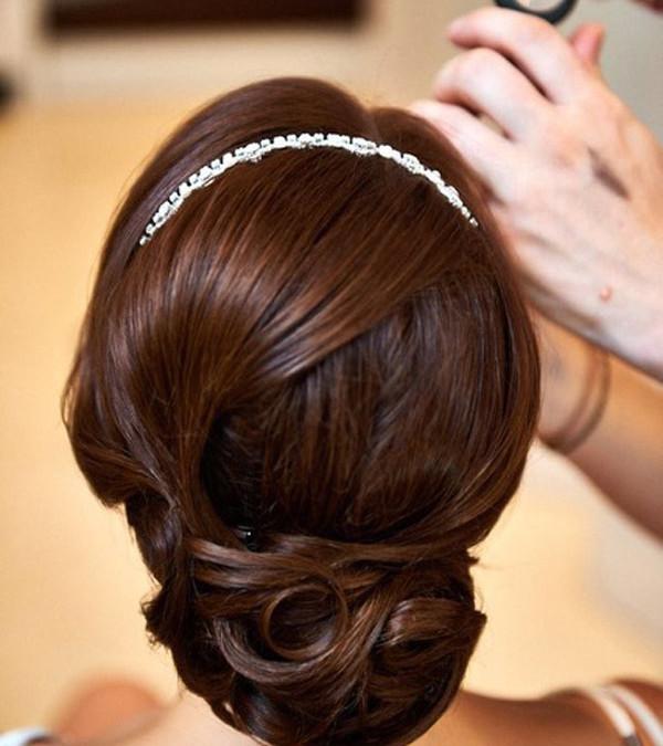 Hochzeitsfrisuren hochgesteckt– auch mit Kurzhaar möglich